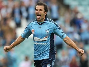 The 'real' Del Piero shows off his skills against Phoenix