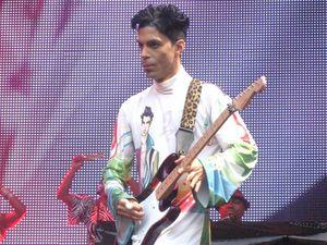 Prince to be honoured at Billboard Music Awards