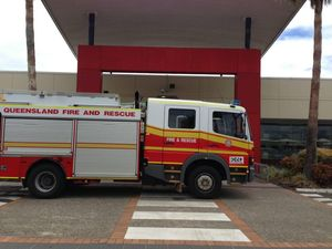 Residents contain stove fire before firies arrive