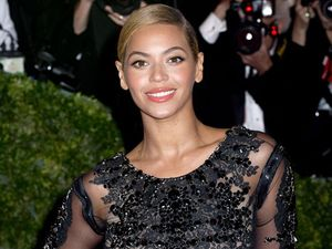 Beyonce steals the show at Obama's second inauguration