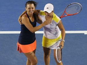 Barty and Dellacqua smash way into Aus Open doubles final