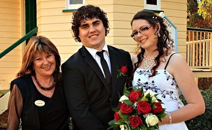 Hervey Bay's Cheryl Kidd has been named in the top 10 wedding celebrants in Australia. She wed Kristin and Brad Fox.