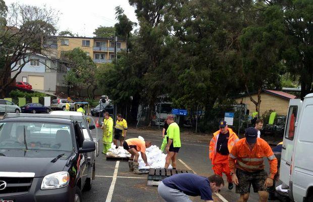 Sandbagging operations underway in New Market, Brisbane.