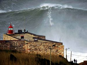 Mark Visser applauds fellow monster wave rider