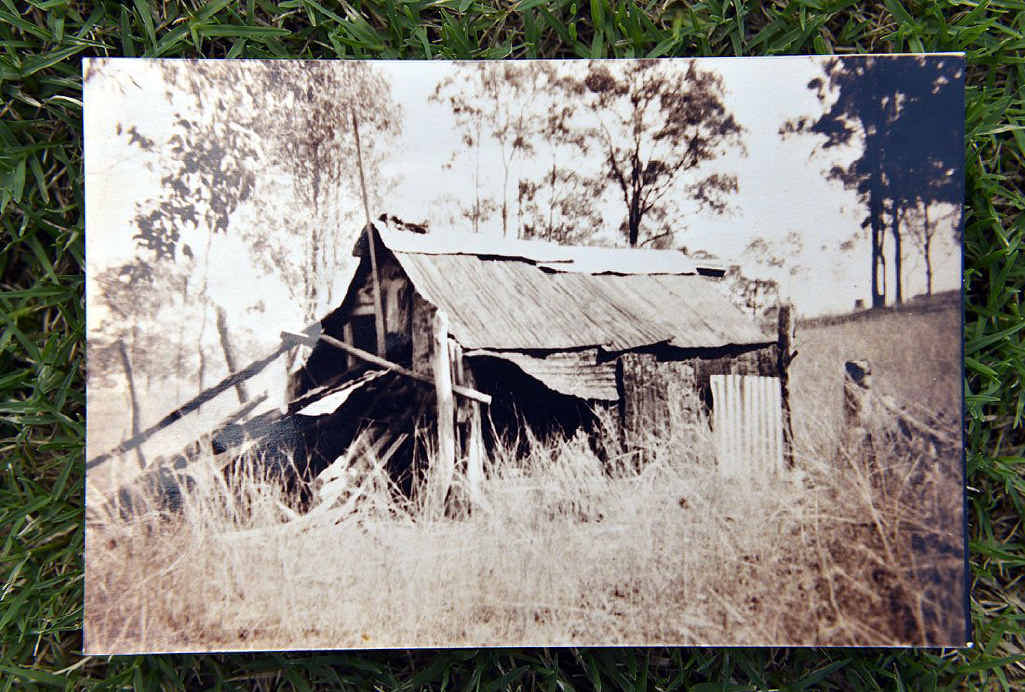A photograph that former councillor John Harris alleges was Dan Kelly's hut on Harris Street in Fernvale circa 1950.