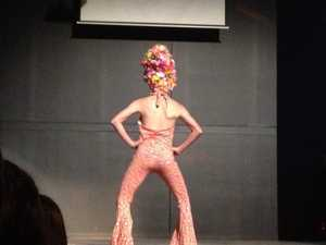 Teen farewells town with elaborate drag show