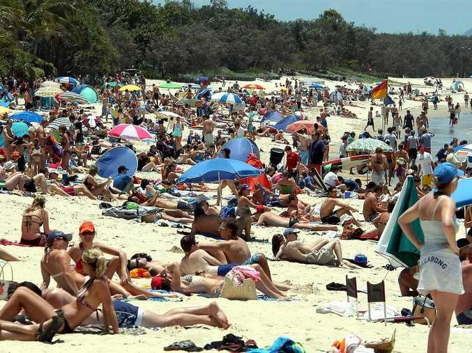 Vendors selling food and drink on the beach would bring the Sunshine Coast into line with other popular beach destinations in Europe and Asia.