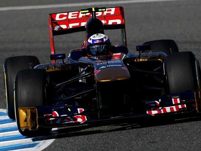 Daniel Ricciardo of Australia and Scuderia Toro Rosso drives during Formula One winter testing at Circuito de Jerez on February 6, 2013 in Jerez de la Frontera, Spain.
