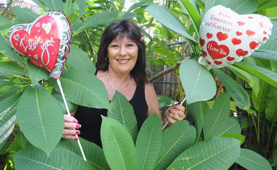 Hervey Bay's Cheryl Kidd has been named Australia's best wedding celebrant.