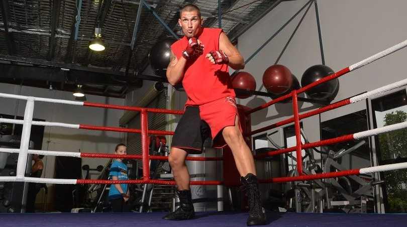 Jamie Bogovic training for his next fight.