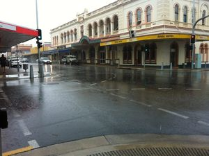 Heavy rain in Maryborough no cause for alarm