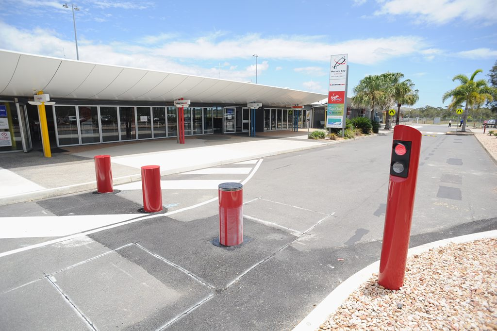 Hervey Bay Airport - bollards at the front of the building. Photo: Alistair Brightman / Fraser Coast Chronicle