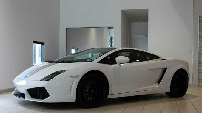 Fitting Supercar Tribute To Lamborghini Test Driver