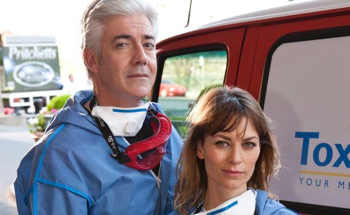 Shaun Micallef and Kat Stewart star in the TV series Mr and Mrs Murder.