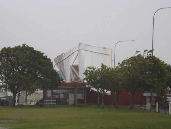 Fawcett Park restaurant Pelican 181 has lost its roof.