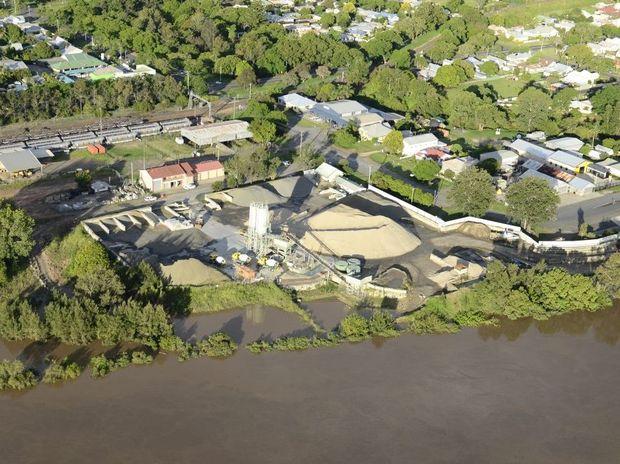Flood aerials of Grafton on Saturday afternoon, Feb 23, 2013. Photo Debrah Novak / The Daily Examiner