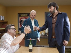 'Argo' edges over 'Lincoln' as Best Picture favourite