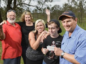 Town bands together to support blind teen