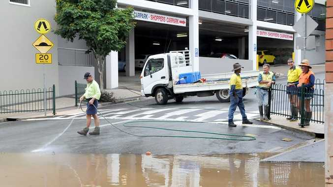 Gympie Regional Council start cleaning up as floodwaters recede. Photo Tanya Easterby / The Gympie Times