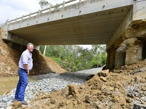 Route to Biloela severed with questions raised about bridge