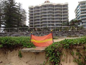 Cyclone Sandra to whip up big seas, eroding Qld beaches