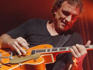 Ian Moss relishes road trip on Red Hot Summer Tour