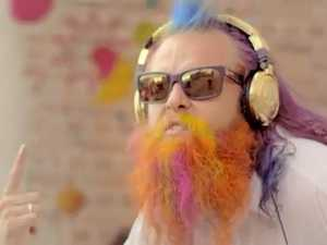 Tommy Franklin dances for World's Greatest Shave