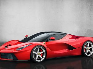 Ferrari steals the spotlight at Geneva motor show