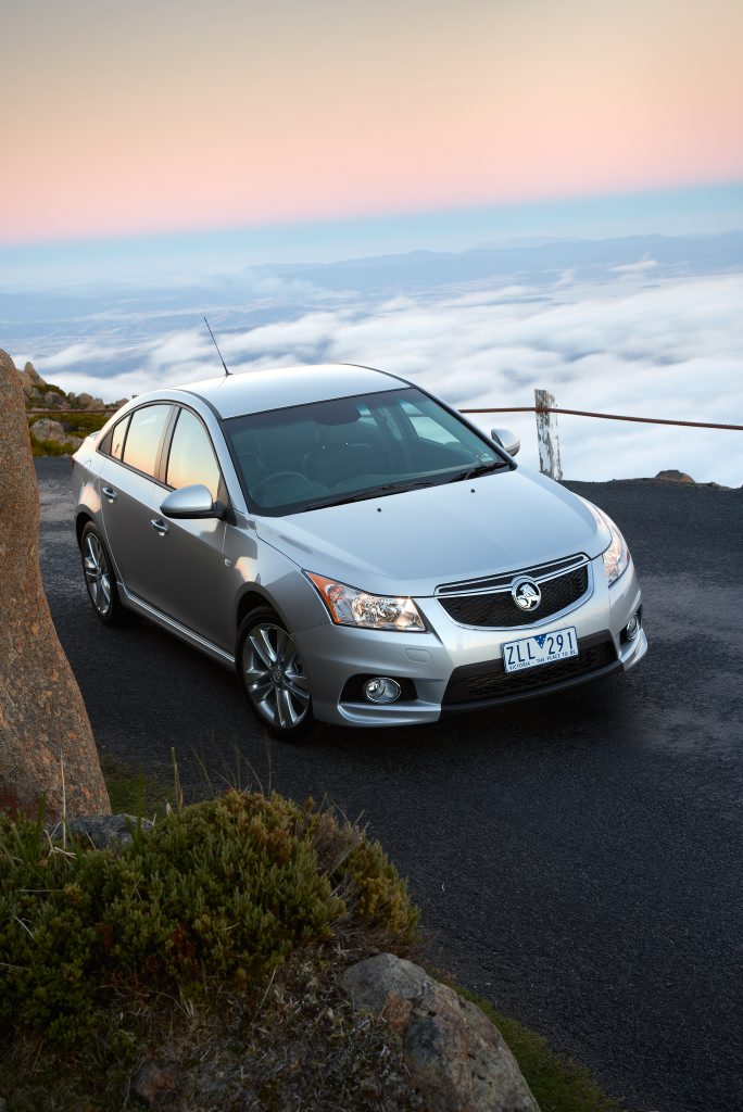 Holden's MY14 Cruze will arrive in showrooms by Easter.