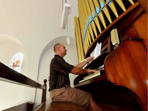 Man fixes organ in Mackay