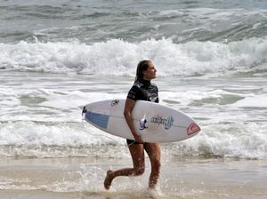 Stephanie Gilmore through to semi-finals of Roxy Pro