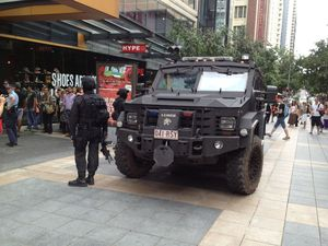 Police still gathering evidence in Queen St mall siege case