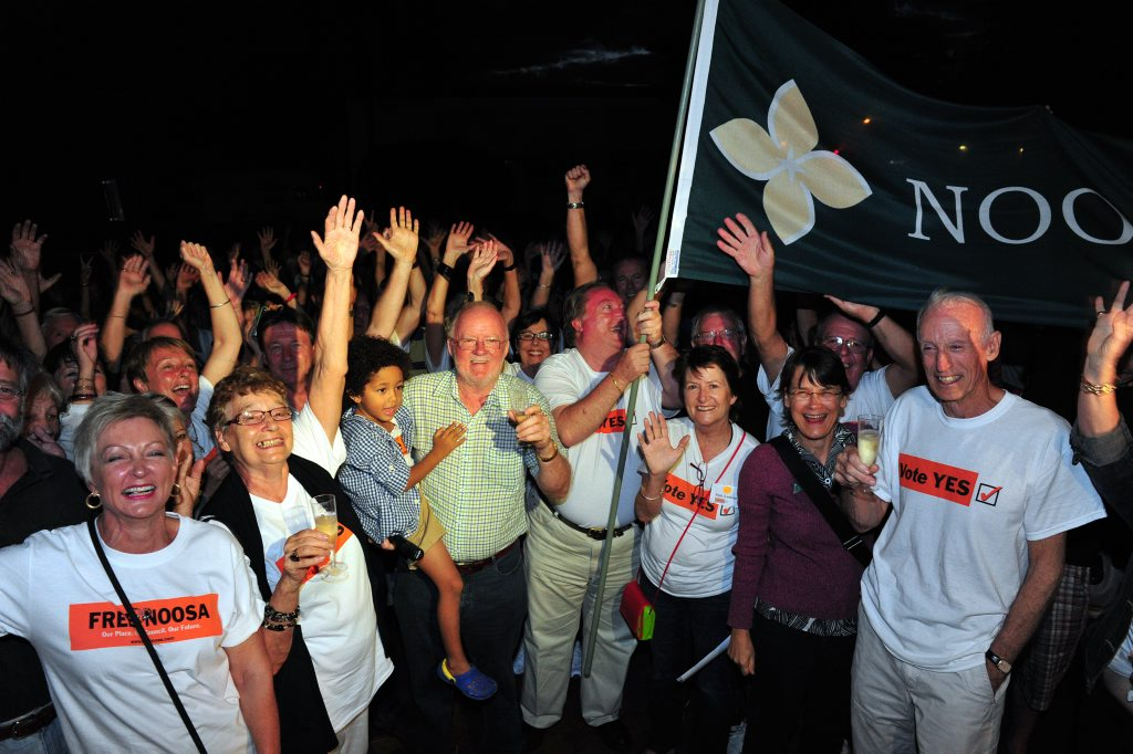 Noosa residents celebrate de-amalgamation.
