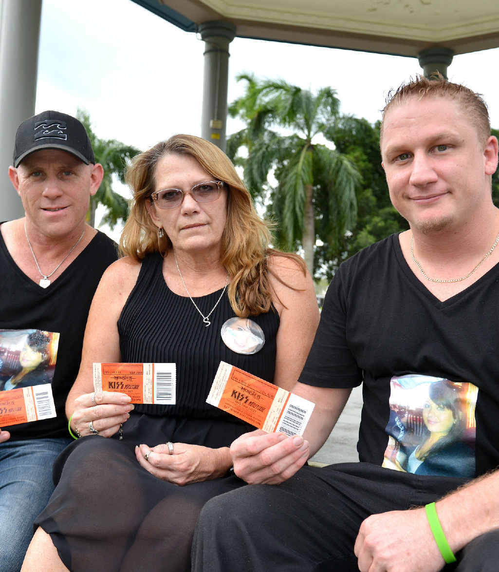 Paul Beardmore, Vicki Blackburn and Arron Macklin will remember the 23-year-old at tonight's KISS concert.