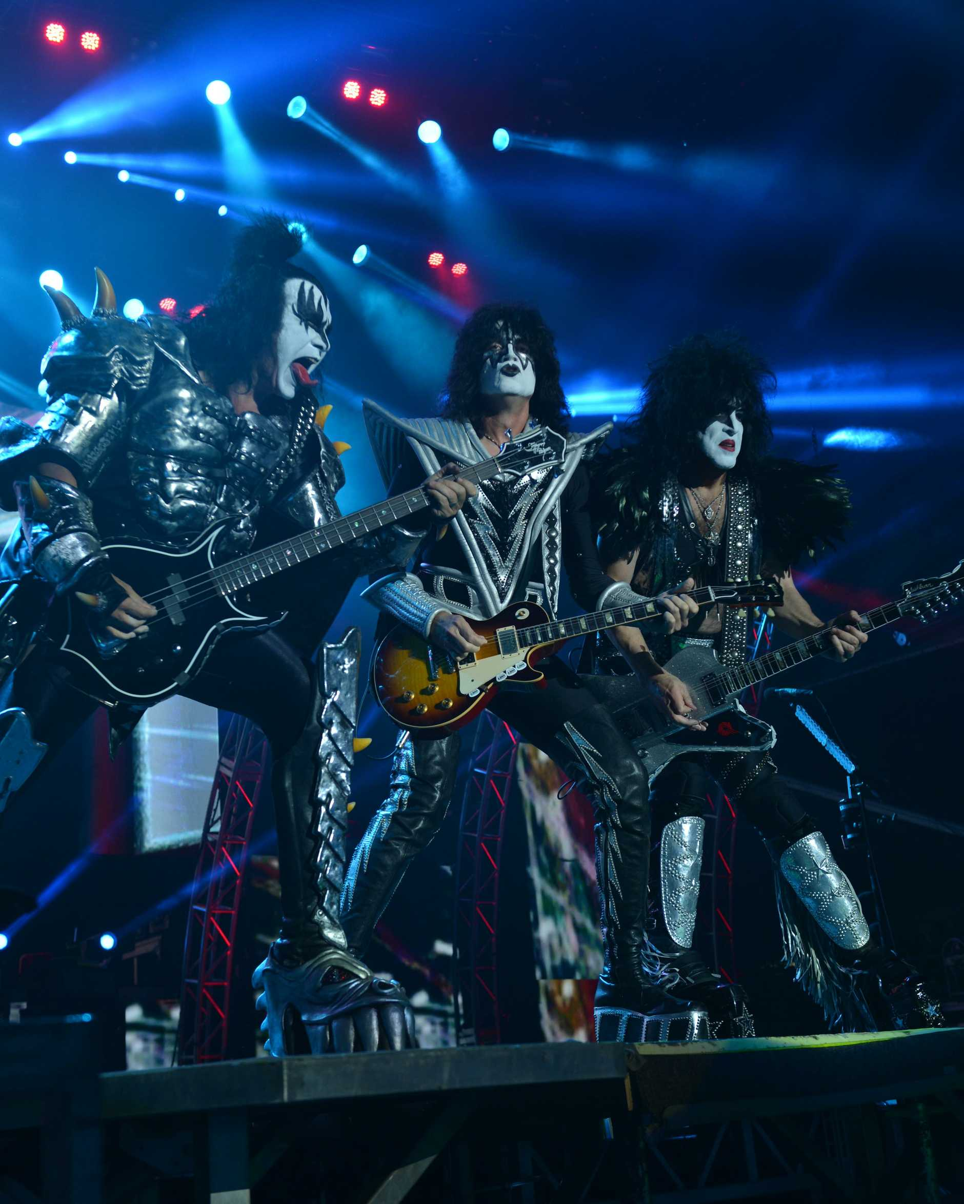 Kiss rocked the socks off fans at Mackay concert.