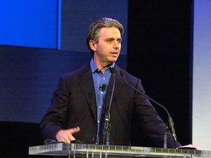EA CEO John Riccitiello steps down amid PR backlash