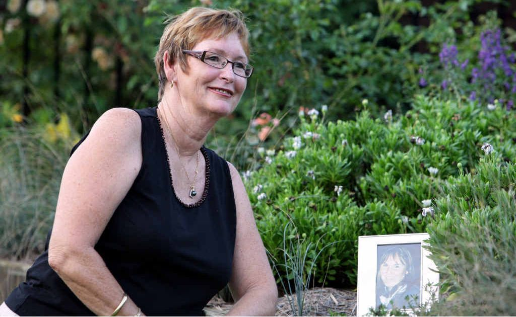 Wendy Hastie reflects on the life of her 17-year-old daughter, Lauren who died in a car accident. Lauren donated her organs to eight people.