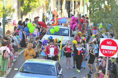 Gladstone Harbour Festival Rio Tinto Alcan Street Parade, Goondoon Street, Gladstone.