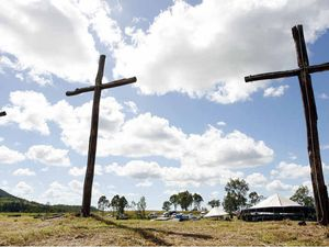Crosses call flock for Good Friday