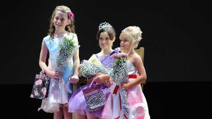 Princess winner Ellie Wyatt, Junior Queen winner Mackenzie Price and Junior Princess winner Paige Stokes.