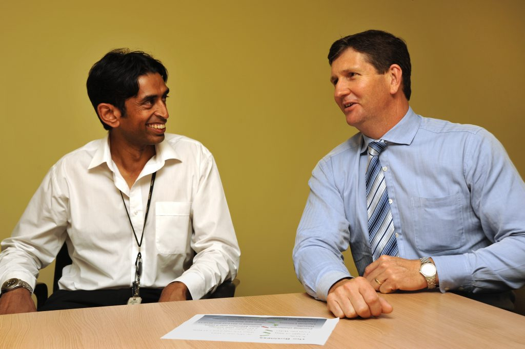 Qld health minister Lawrence Springborg visits Nambour Hospital, and speaks with Dr Ratna Aseervathan. Photo: Iain Curry / Sunshine Coast Daily