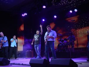 2013 GLNG and Zinc's Battle of the Bands