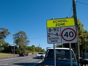 Phone app sounds warning when entering school zone