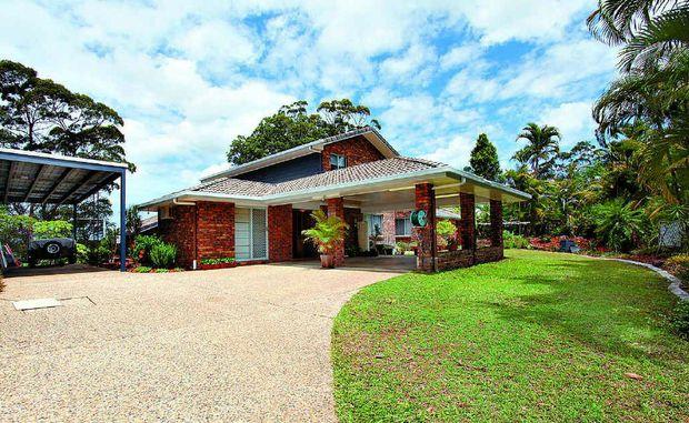 Rosemount Home Boasts Main House And Granny Flat