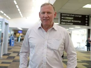 Seeney visits Gladstone, discusses Curtis Island LNG projects