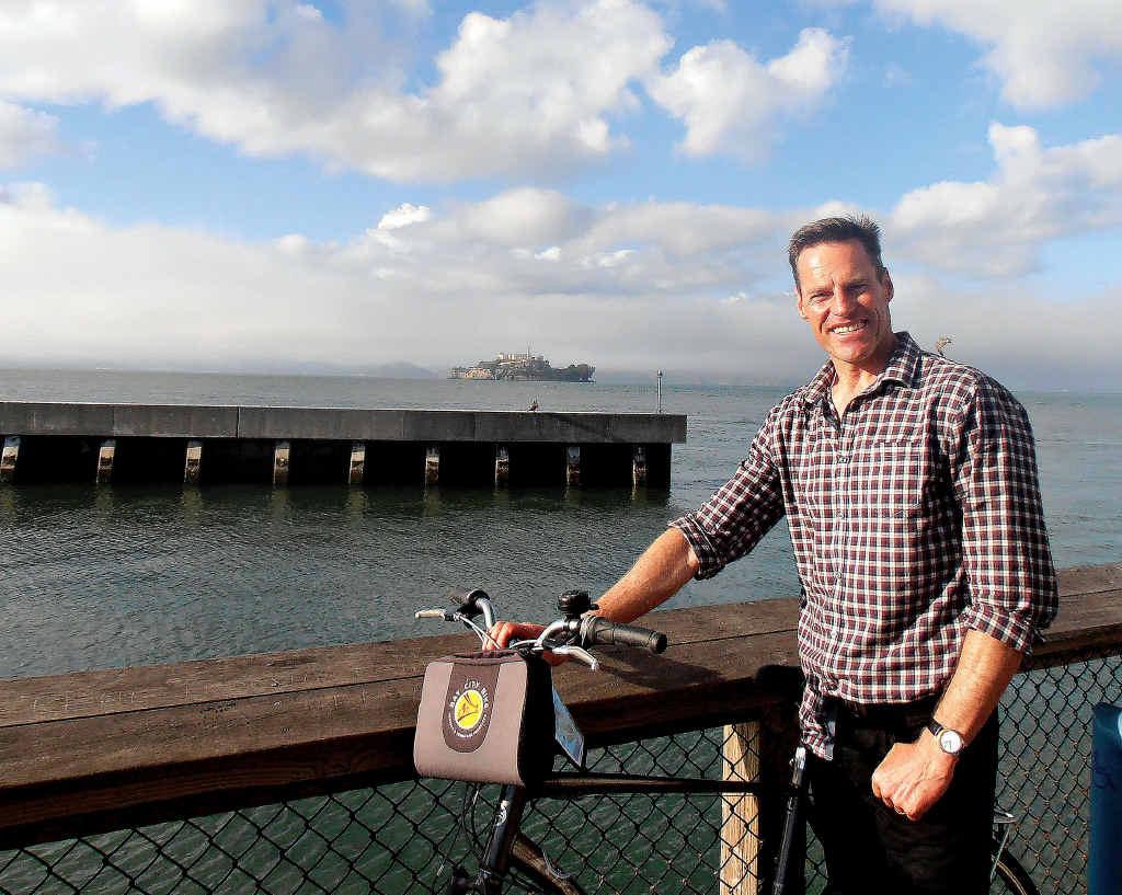 Andrew Mevissen explores San Francisco by bike.