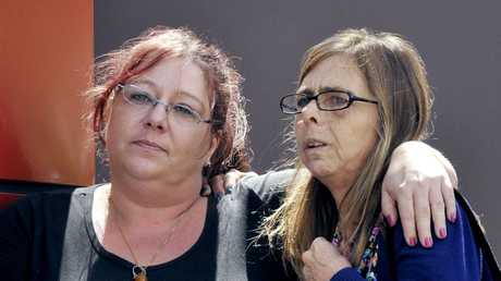 Wendy Evans's sisters Michelle Tuitufu and Debbie Sneddon at the inquest into Wendy's murder.