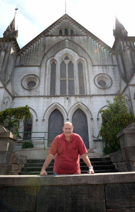 Rev David Thomas at Surface Hill.