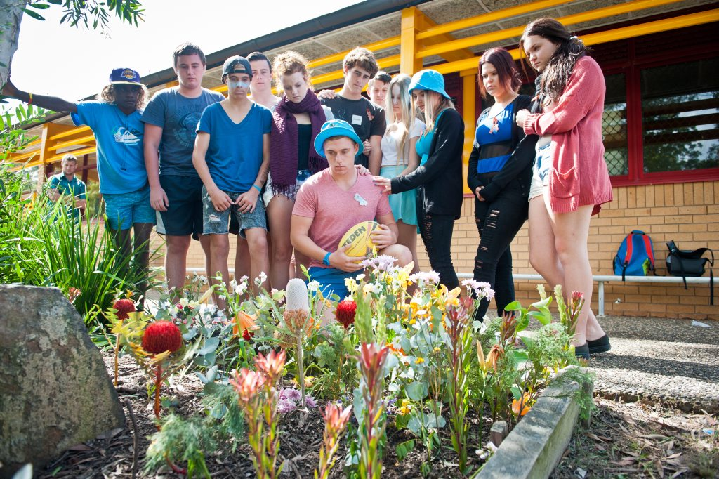 Toormina High School friends of Jake Kedzlie, pay their respects at the School. Photo: Rob Wright / The Coffs Coast Advocate