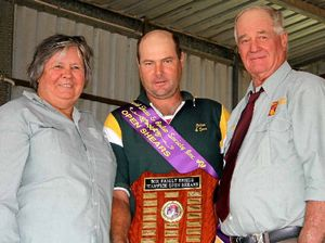 Fast hands win shield at Warwick Show